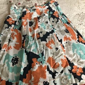 Floral skirt. Size 8